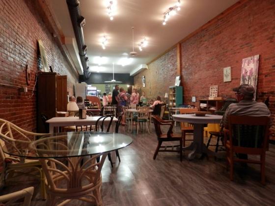 Marietta, Marietta Ohio, Historic, jeremiahs coffee house, jeremiahs